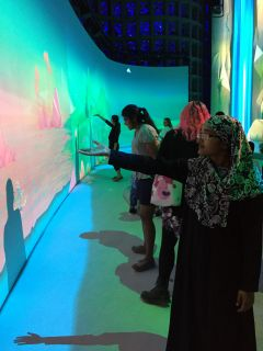 Weill Cornell Medicine graduate students partner with the New York Hall of Science (NYSCI)
